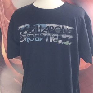 Billabong Men's Short Sleeve T-shirt   Size Large